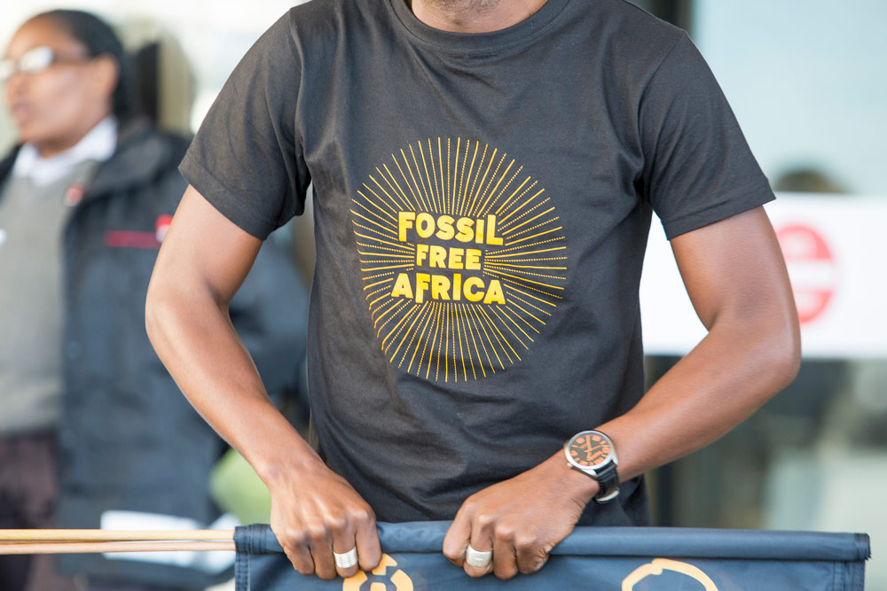 T-shirt design for Fossil Free Africa.